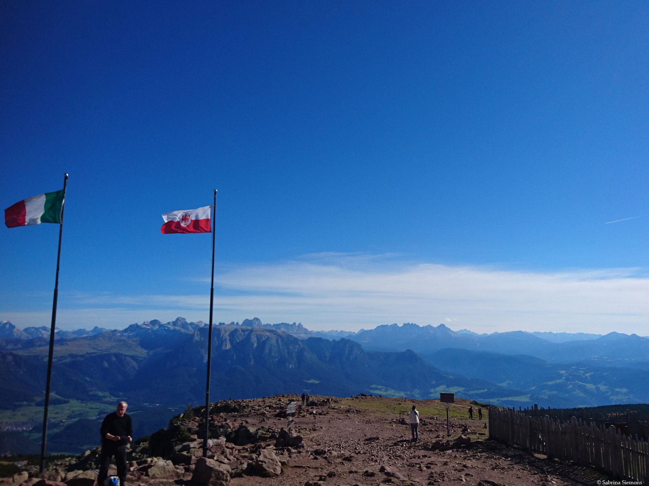 Wheelchair-Tours-Wheelchair-Rittner-Horn-View-Horn-on-Dolomites