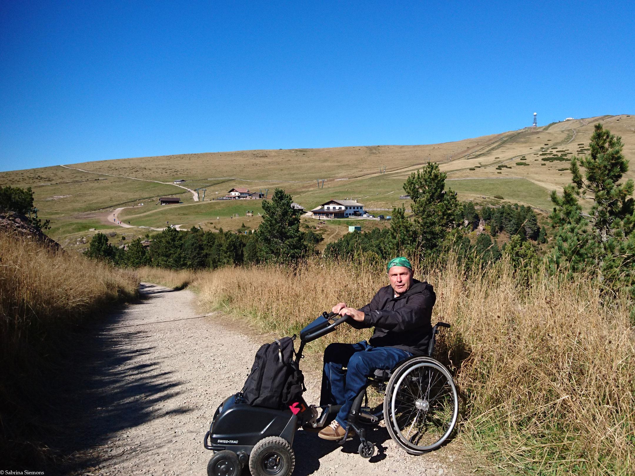Wheelchair-Tours-Wheelchair-Rittner-Horn-View-on-Rittner-Horn
