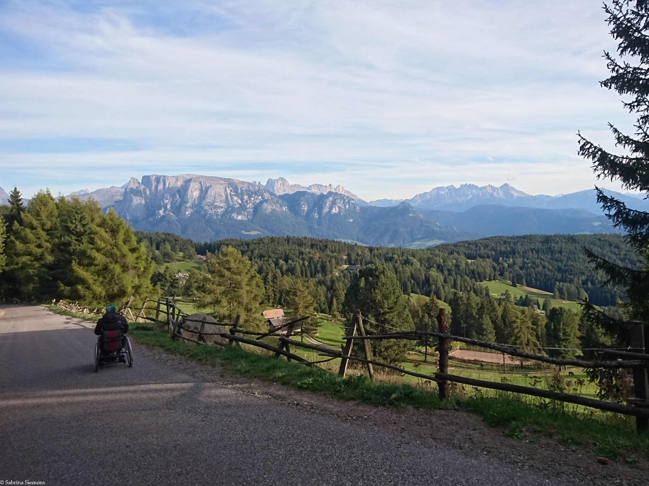 Wheelchair-Tours-Wheelchair-Rittner-Horn-Rückweg-Direction-Talstation-1