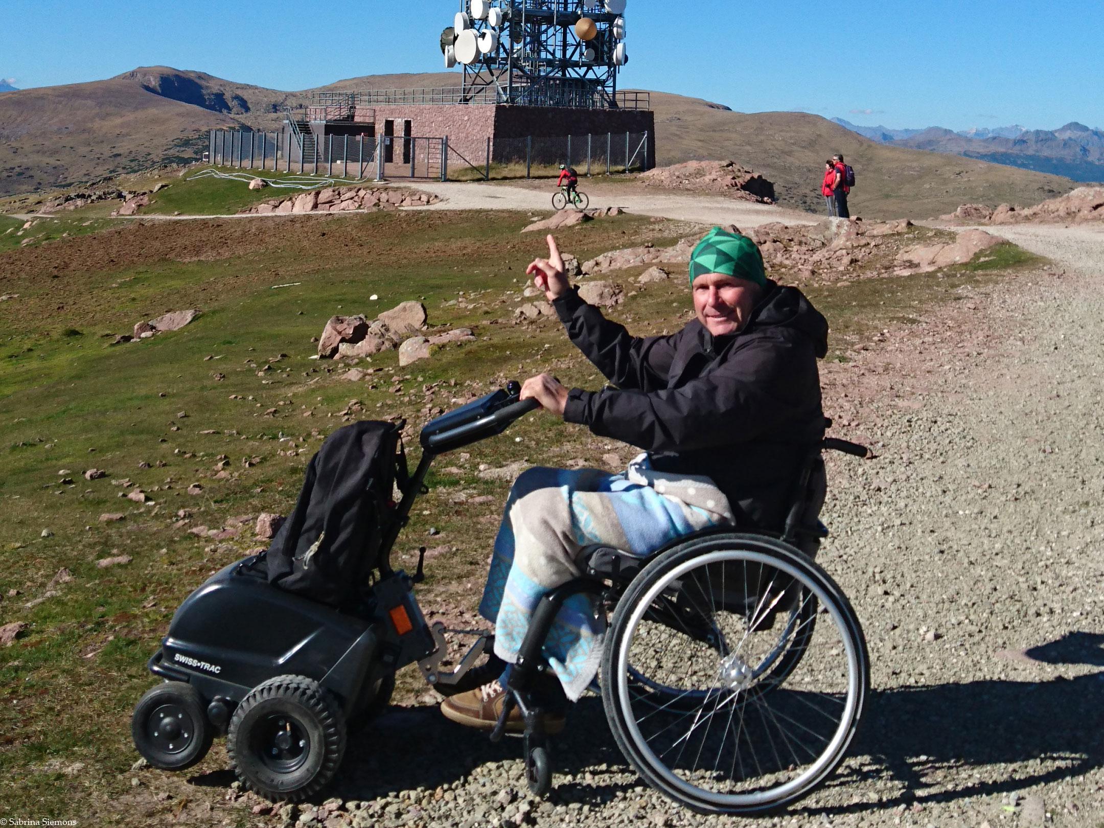 Wheelchair-Tours-Wheelchair-Rittner-Horn-with-Baumi