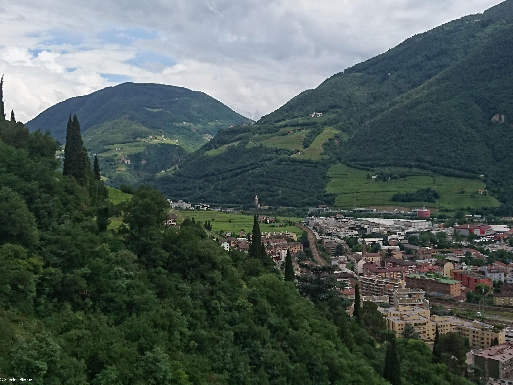 Wheelchair-Tours-Wheelchair-Walter-Promenade-View-Bolzano2