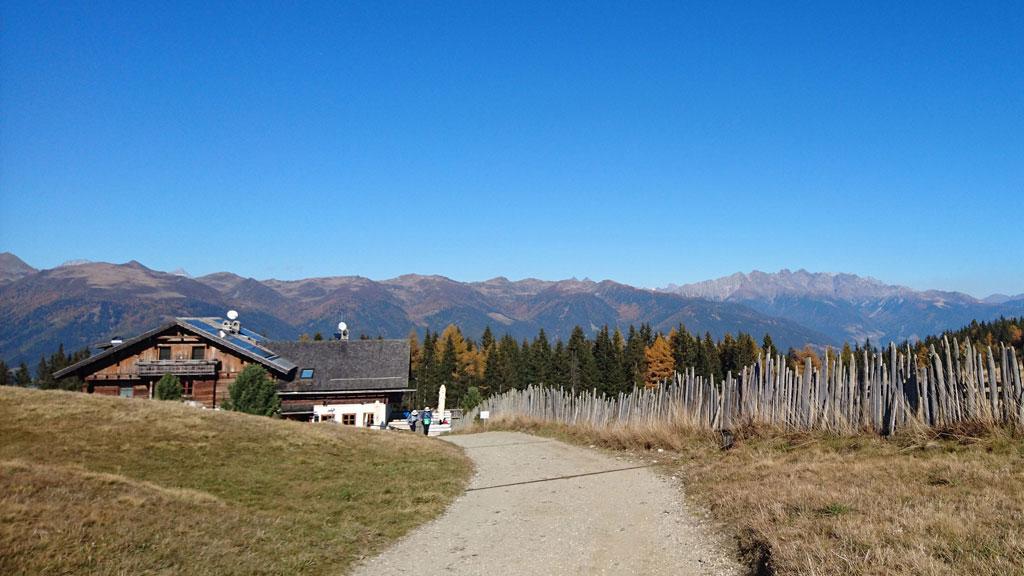 Wheelchair-Tours-Wheelchair-Rodenecker-Alm-Outlook-Rastnerhütte-featured-image