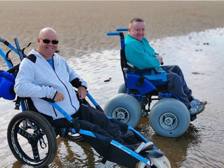 Wheelchair_tours_Rollstuhl_Social_Media_World-record