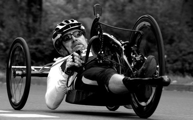 Wheelchair-Tours-Rollstuhl-Ausstattung-Handbike-wal_172619_II_pixabay