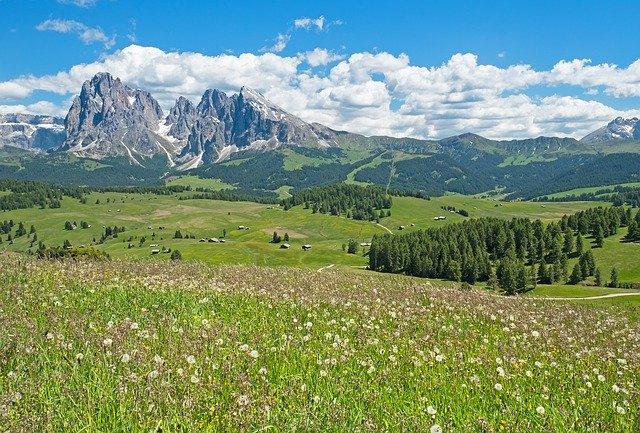 Wheelchair_Tours_Rollchair-Hiking-Social-Media-Video-South Tyrol_pixabay