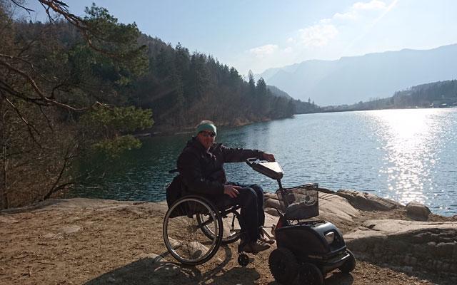 Wheelchair-Tours-Wheelchair-Hiking-Unterland-Suedtirol-AltoAdige-Montiggler-See-Baumi-II