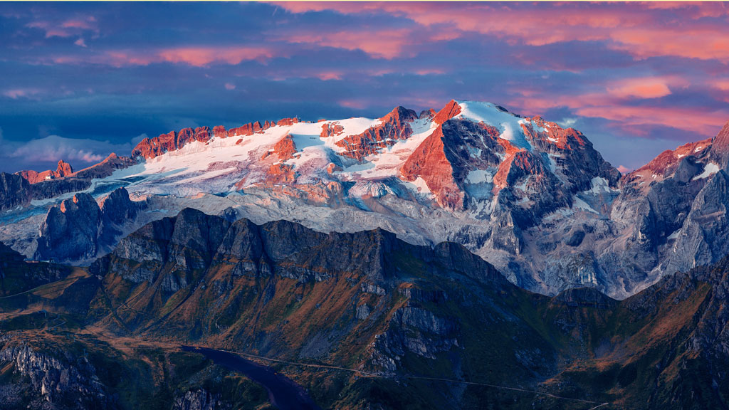 Wheelchair_tours_Rollchair_Social_Media_Dolomites-Marmolate_Vincentiu-solomon_Unsplash