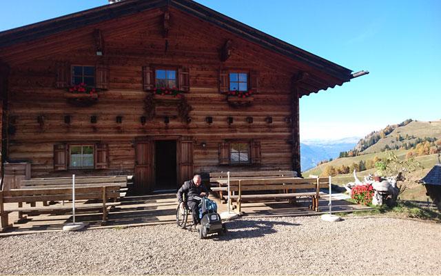 Saltnerhütte mit Baumi