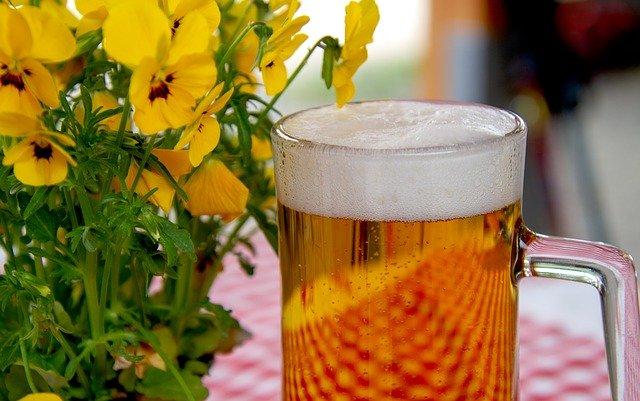 Birra con fiori /Simbolo della Baviera