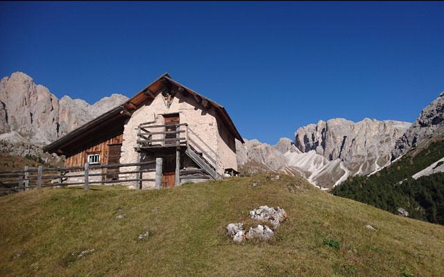 Piccola casa dietro il rifugio Regensburger