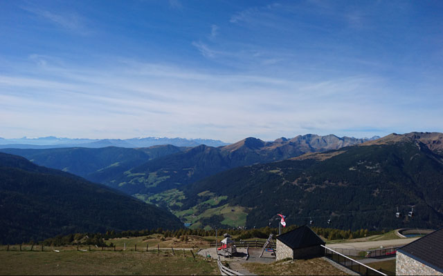 View above the mountain restaurant Pichlberg