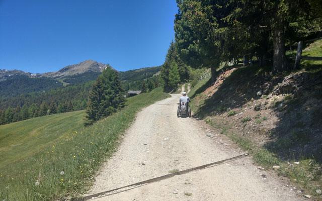 Zur Klausner Hütte: Wanderweg Nr. 1 auf halbem Weg